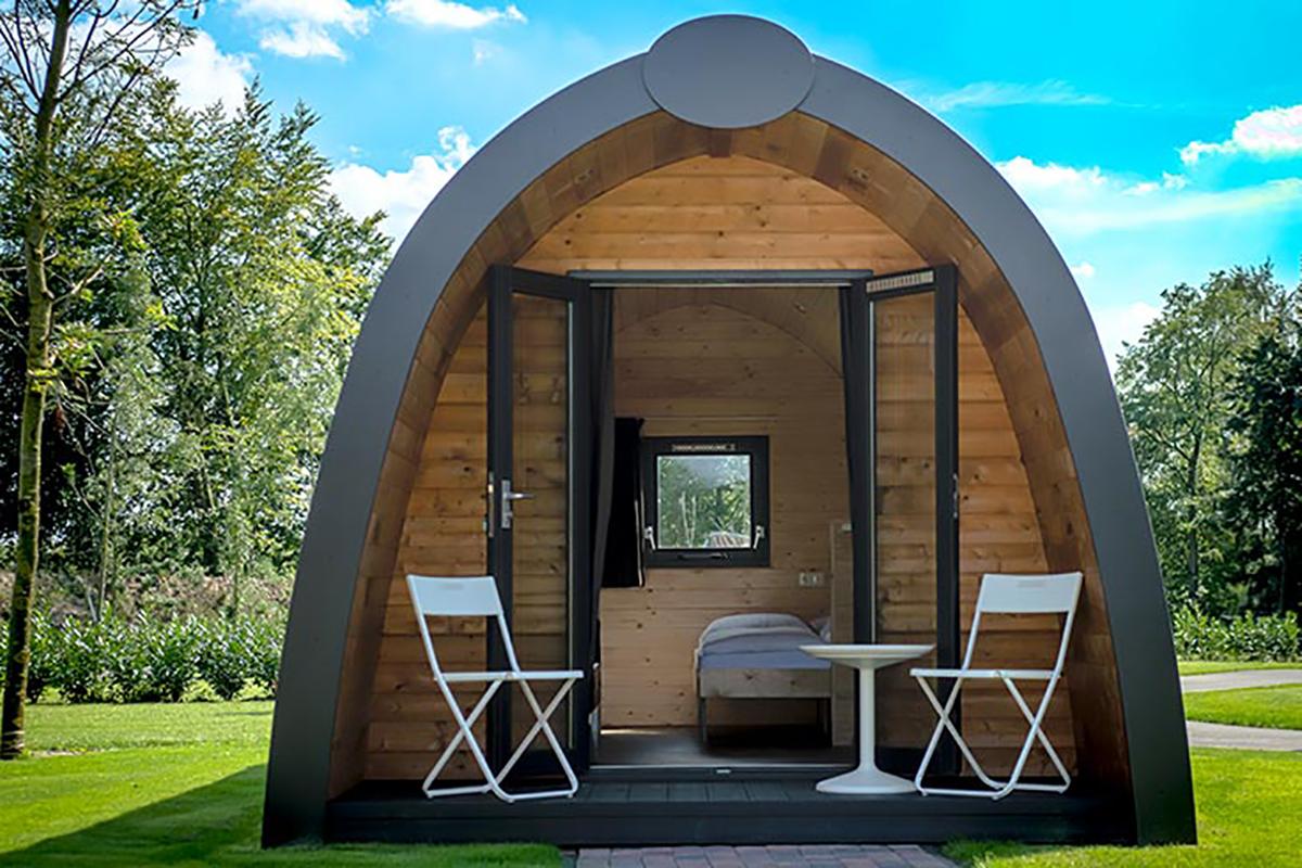 2. Woodlodge Mobilheim in der Frontansicht