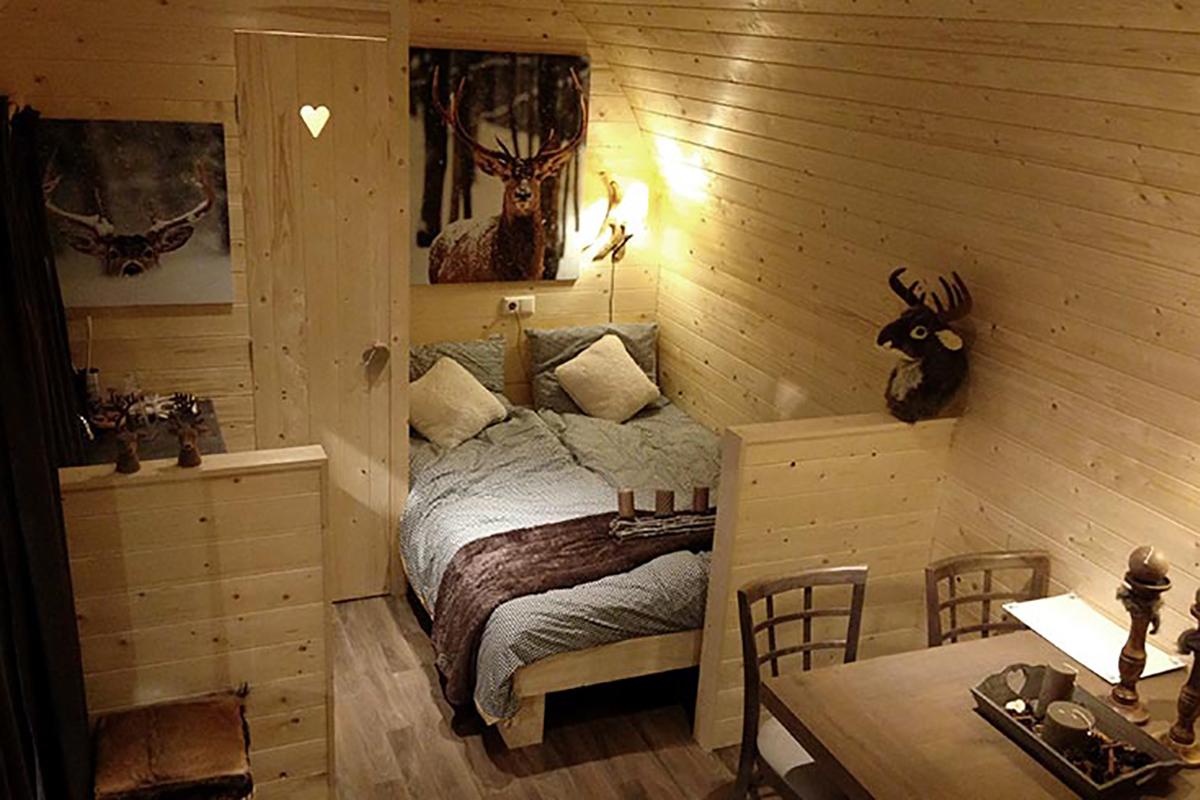 3. Woodlodge Mobilheim Innen Wohnzimmer